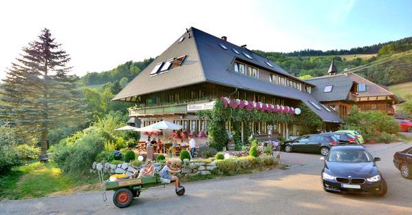 Gasthaus-Pension Tanne - Aussenansicht