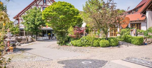 Landgasthof Hirschhof - Outside