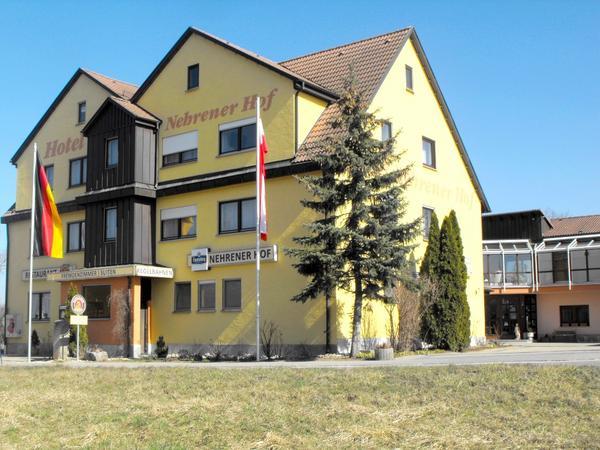 Hotel Nehrener Hof - pogled od zunaj