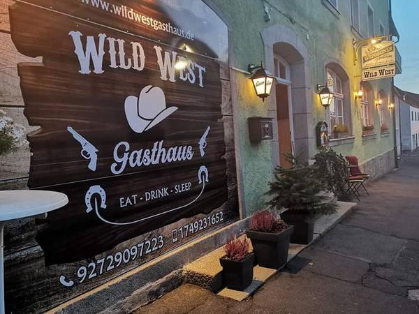 Wild West Gasthaus - buitenkant
