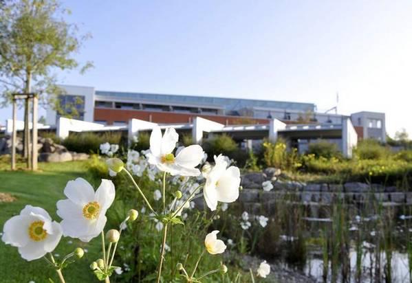 Seminarhotel in der Manfred-Sauer-Stiftung - Aussenansicht