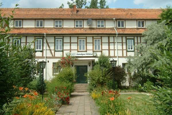 Sandgut Mihla Gasthof und Hotel - Gli esterni