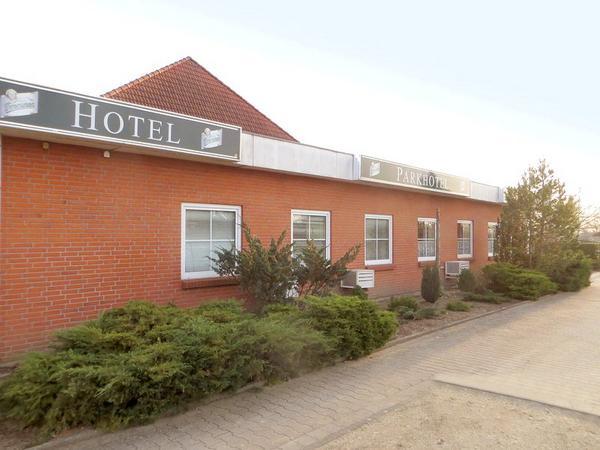 Parkhotel Luckau-Cahnsdorf - Exteriör