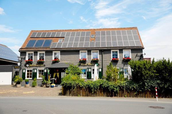 Hotel Restaurant Neue Welt - Outside