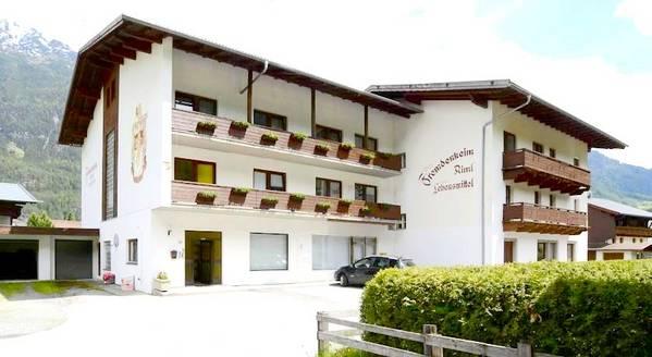 Hotel Gästehaus Riml - buitenkant