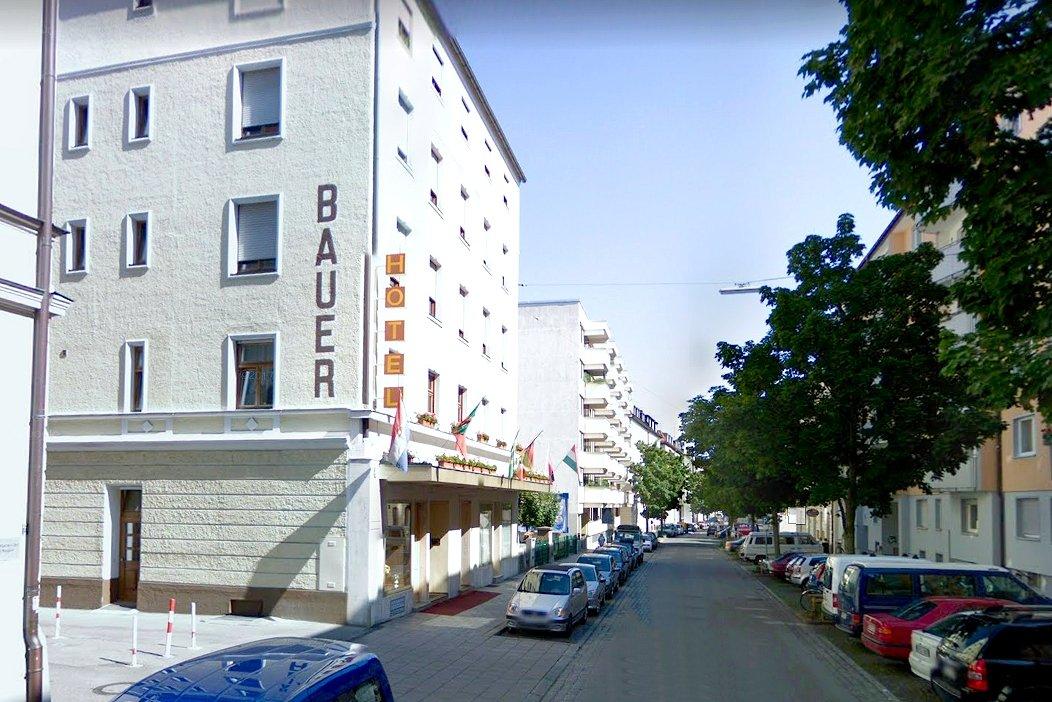 Hotel Bauer In 81371 Munchen Sendling Deutschland