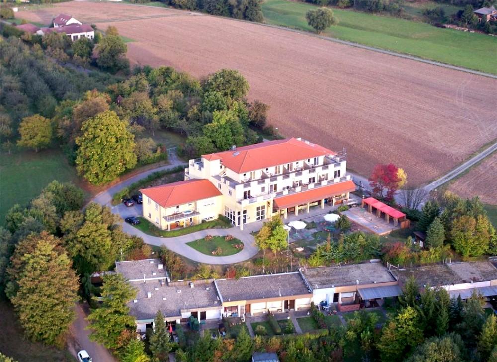 H tel in zaberfeld ehmetsklinge seegasthof zaberfeld for Chercher un hotel