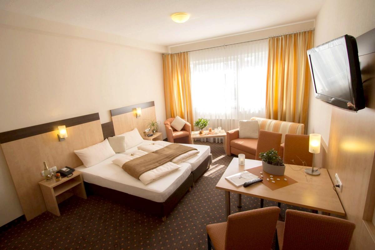 Hotel Am Freisch 252 Tz In 50354 H 252 Rth Gleuel Deutschland