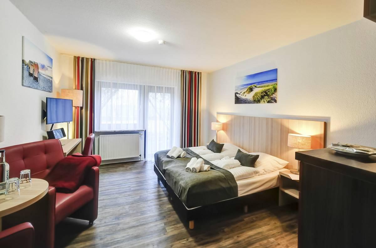 hotel sonneninsel fehmarn in 23769 fehmarn avendorf. Black Bedroom Furniture Sets. Home Design Ideas