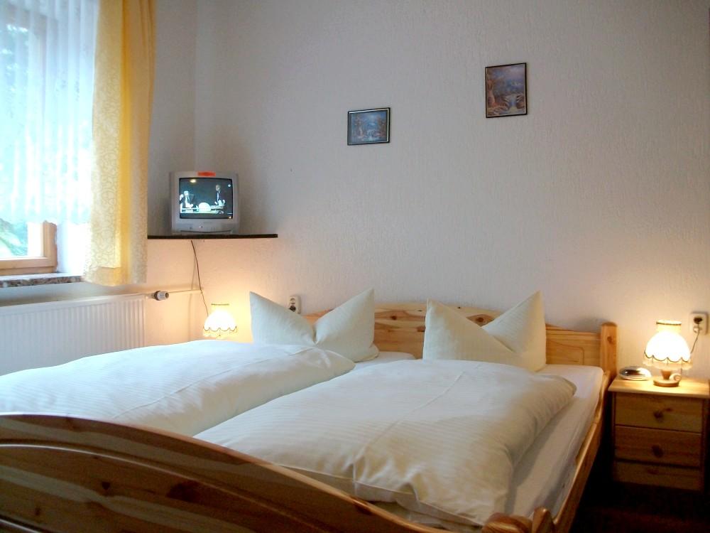 H tel in neuhausen ferienhotel goldh bel d tails for Chercher un hotel