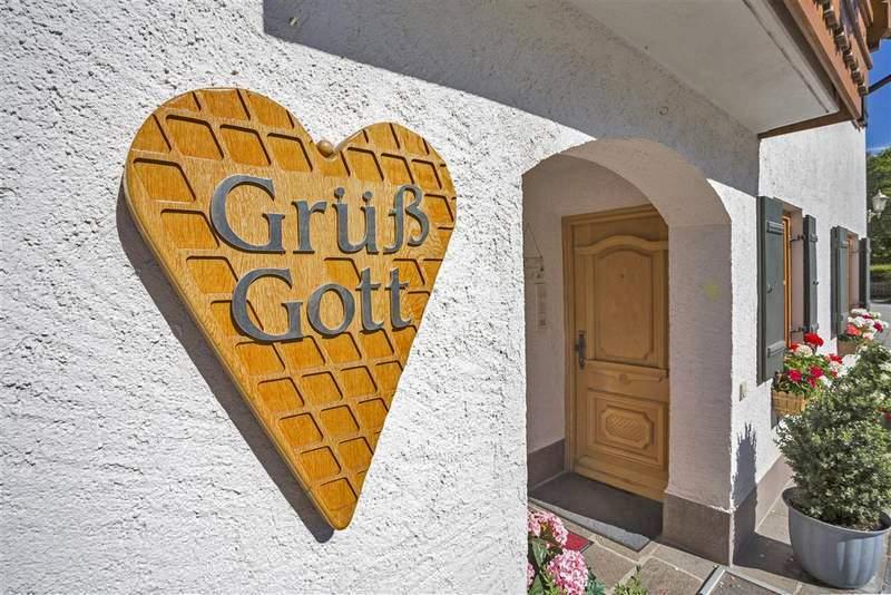 Hotel In Mittenwald Ferienwohnungen Haus Werdenfels