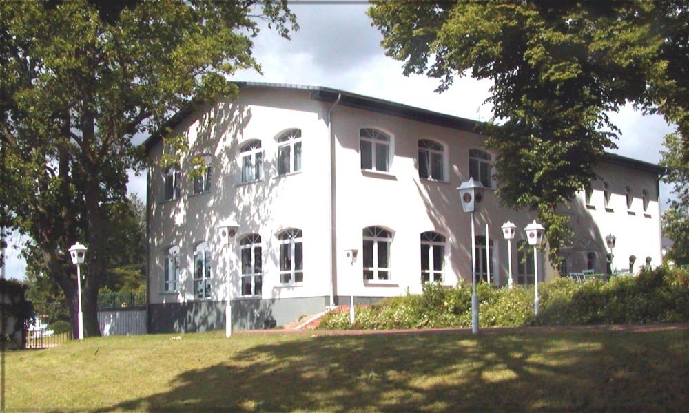 HOTEL U RESTAURANT HAUS AM SEE in Löcknitz Deutschland