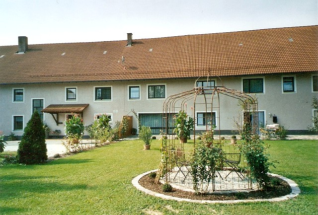 Hotel Pension Landau Isar