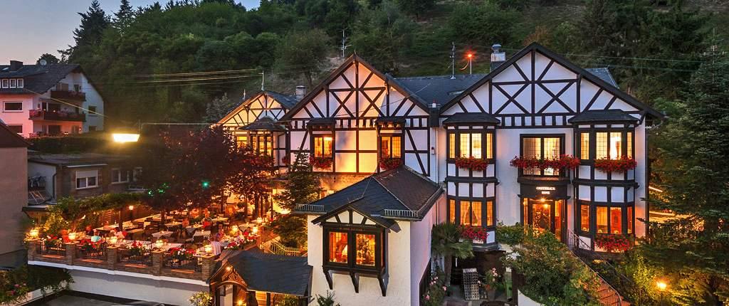 weinhaus sinz hotel in 65201 wiesbaden frauenstein germany. Black Bedroom Furniture Sets. Home Design Ideas