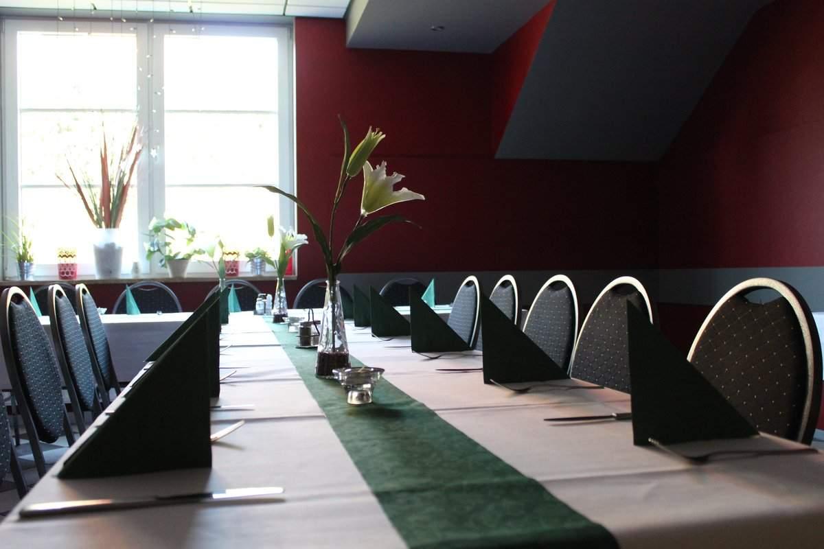 Hotel zum kloster bowling restaurant rastst tte in for Hotelsuche familienzimmer