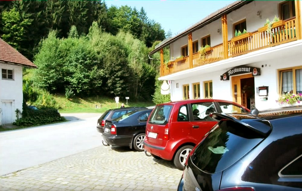 Hotel restaurant pension weiherm hle in 94547 iggensbach for Hotelsuche familienzimmer