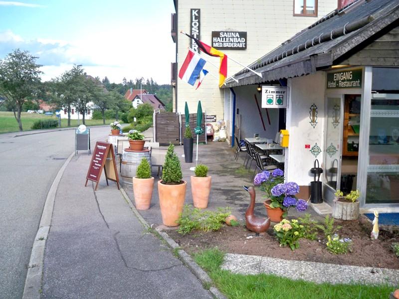 H tel in freudenstadt kniebis hotel pension klosterhof for Chercher un hotel