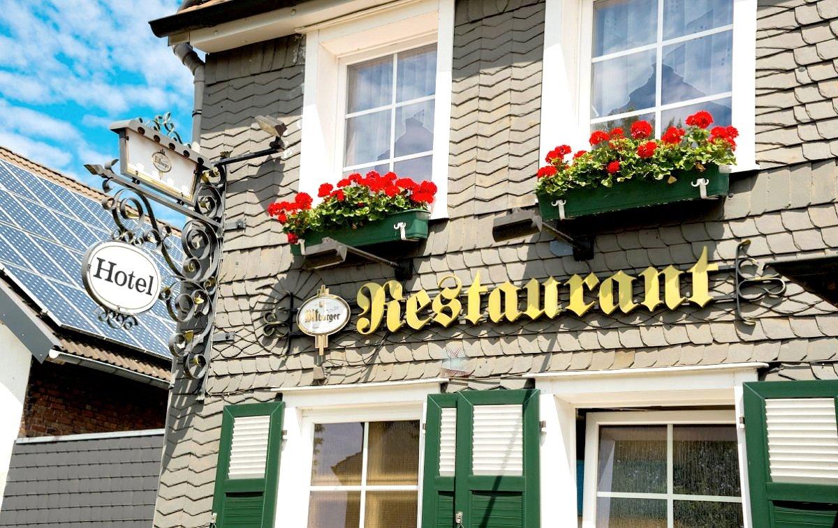 Hotel restaurant neue welt in 42279 wuppertal barmen for Hotel wuppertal barmen
