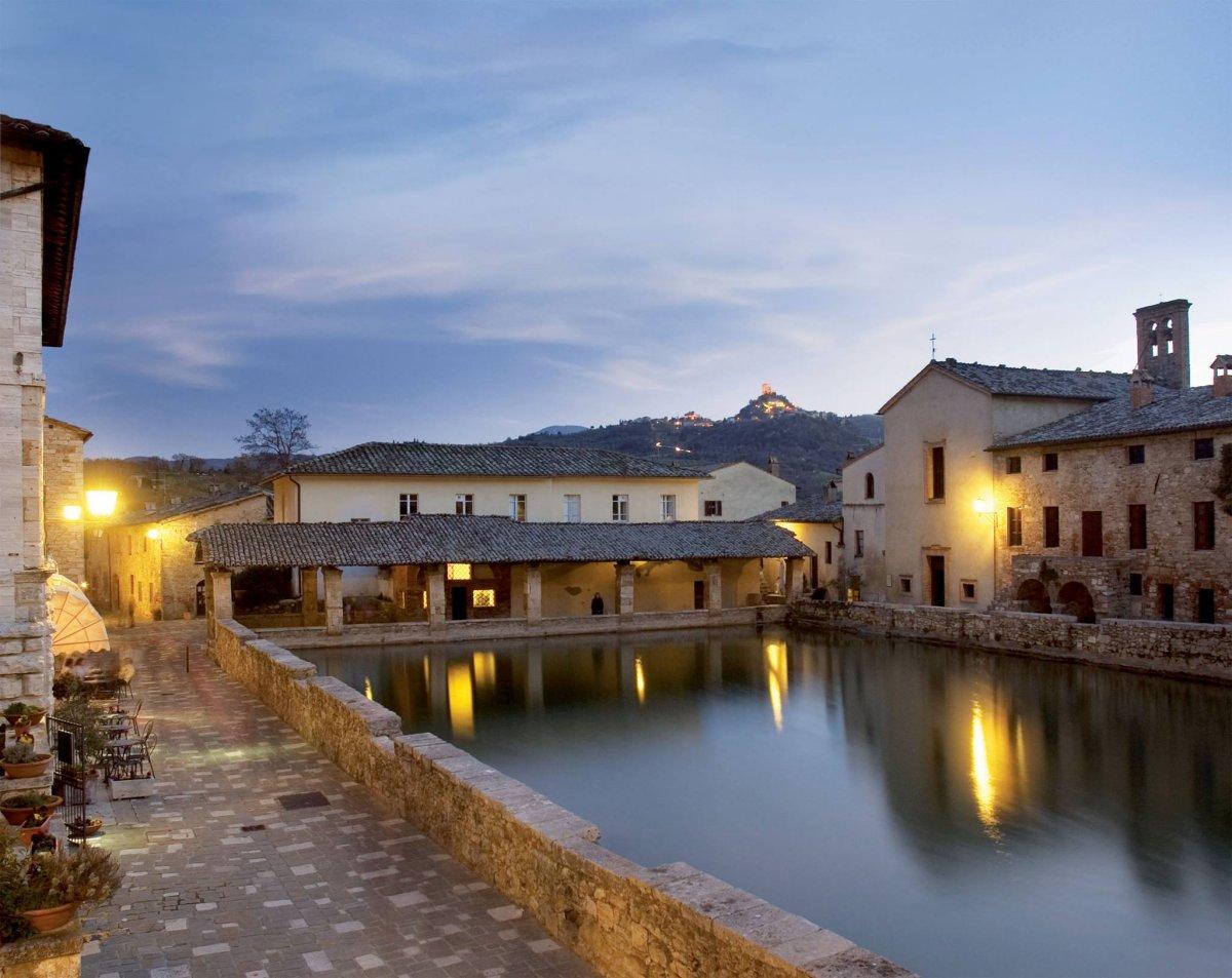 Hotel posta marcucci 53027 bagno vignoni italie - Bagno vignoni hotel posta marcucci ...