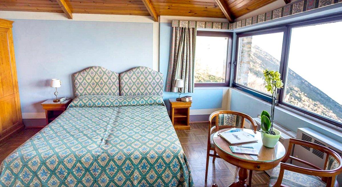 HOTEL MONTECONERO - BADIA DI SAN PIETRO in 60020 Sirolo (AN), Italien