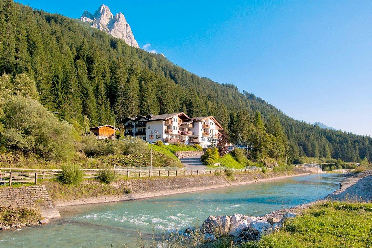Hotel terme antico bagno in 38036 pozza di fassa italien - Hotel terme antico bagno ...