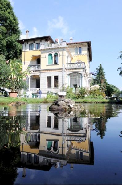villa volpi lago maggiore in 28823 ghiffa italien. Black Bedroom Furniture Sets. Home Design Ideas